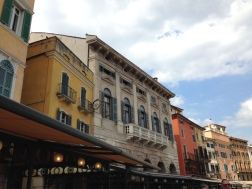 Piazza Bra Restaurants