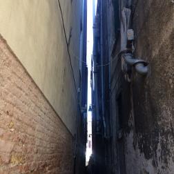 Tiny alleyways!